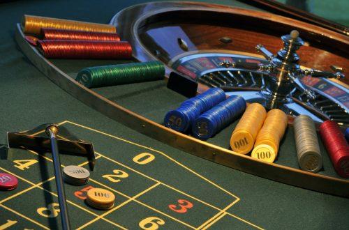 make Money in Poker Online